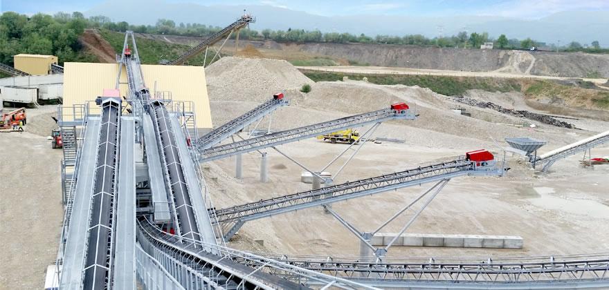 河卵石生产线,河卵石制砂生产线,河卵石破碎生产线 河卵石制砂设备02