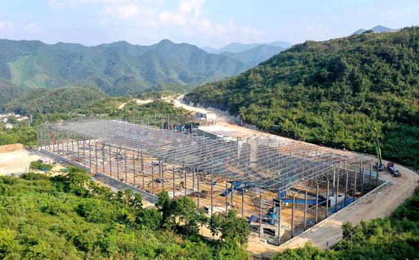 直击安徽2000t/h硬质岩石破碎生产线建设现场!